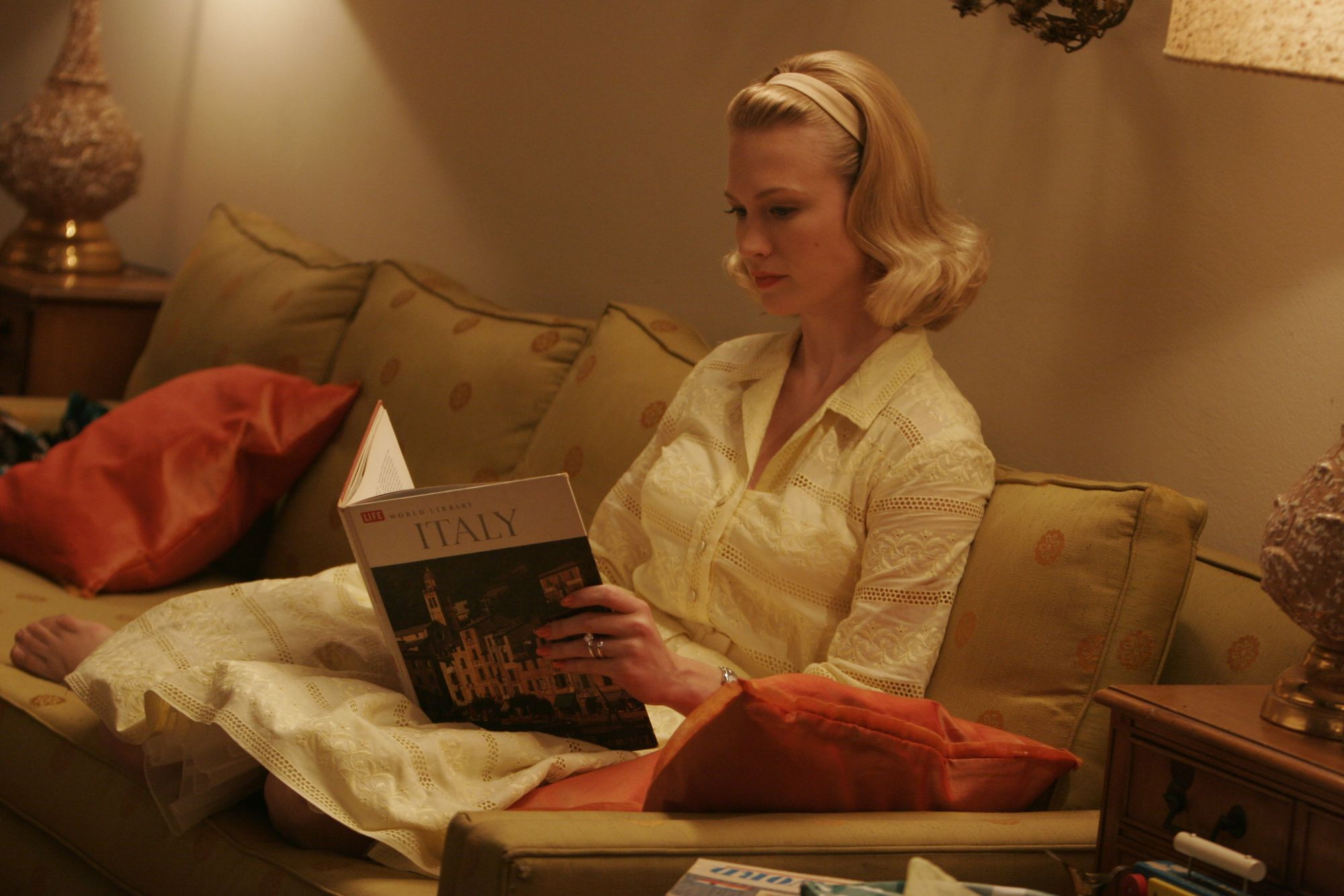 Mad Men - 01x04 - New Amsterdam 02