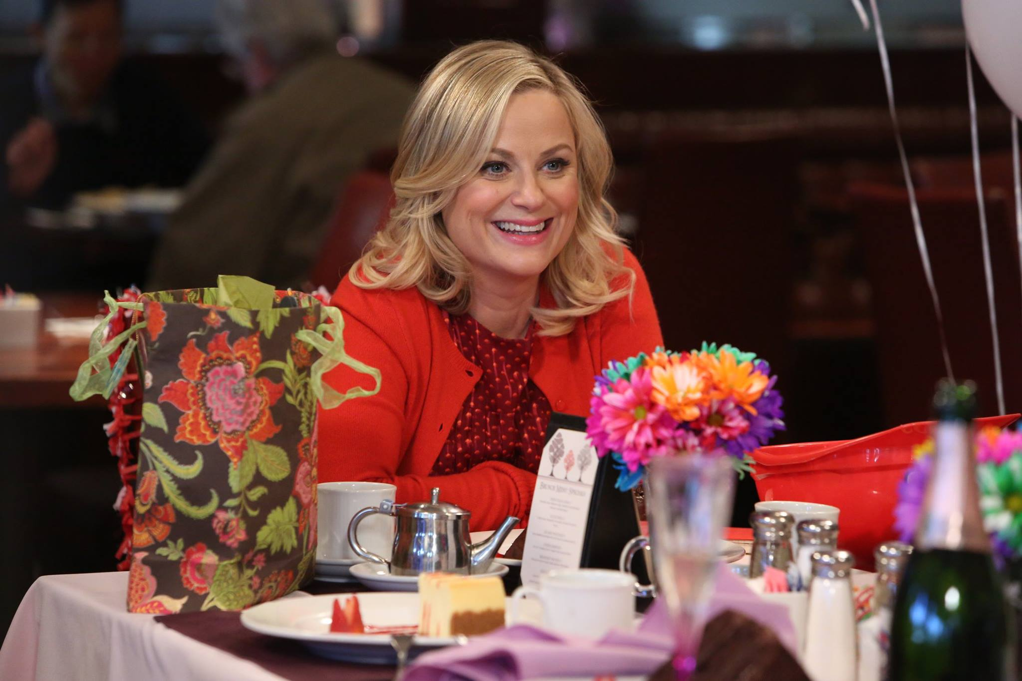 Parks and Recreation - 06x17 - Galentine's Day