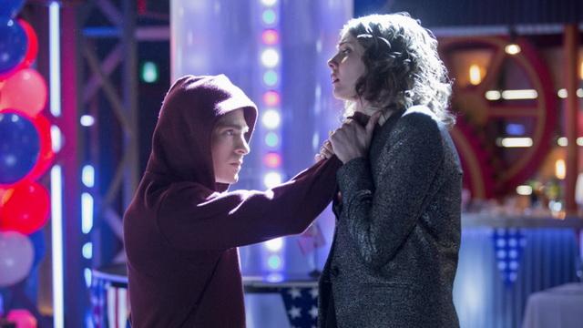 """""""אני רק עוזר לך לחזק את הצוואר במידה וסלייד יעשה לך משהו דומה"""""""