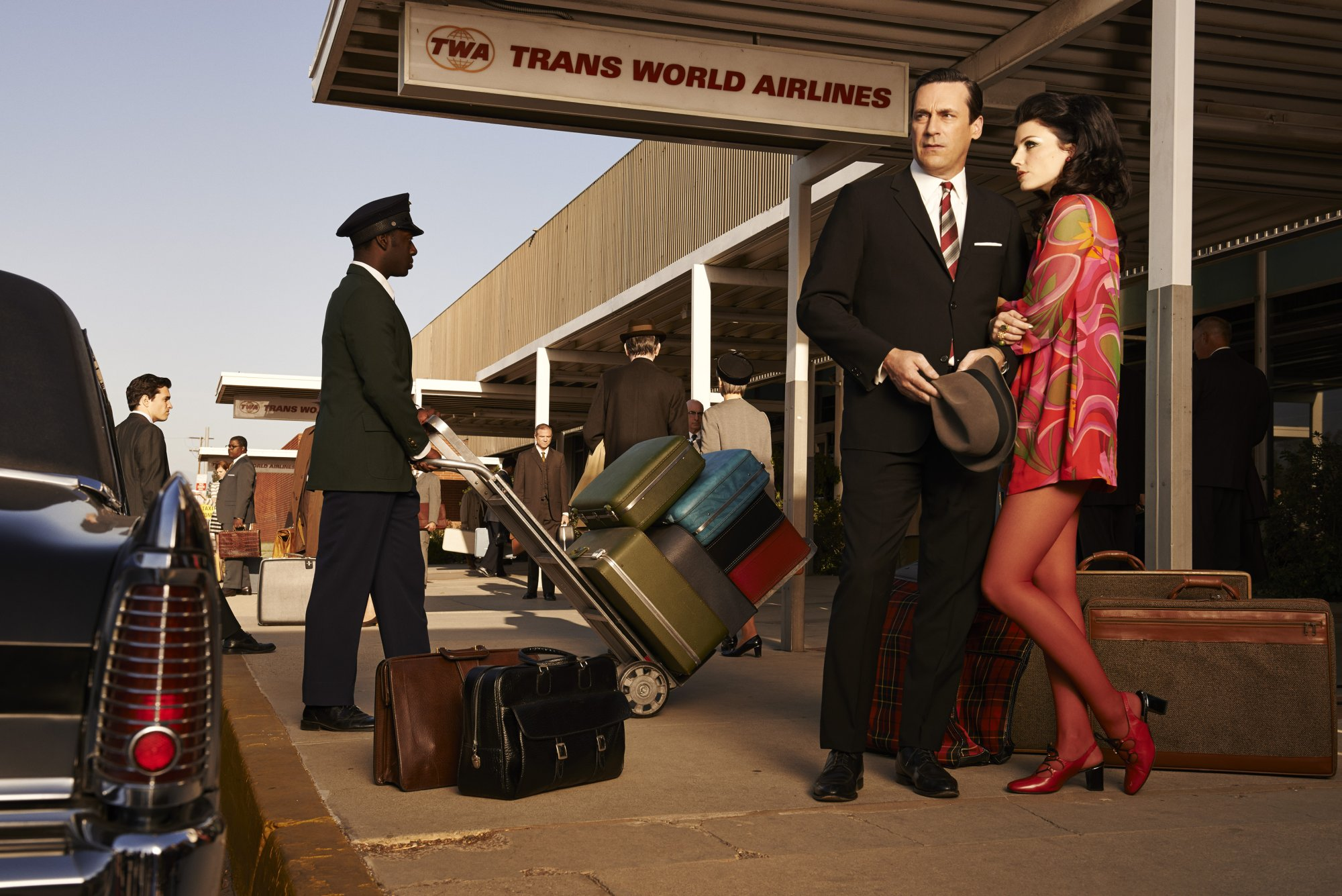 Mad Men_Ext_Airport_Jon_Jessica_0895_0897_V2