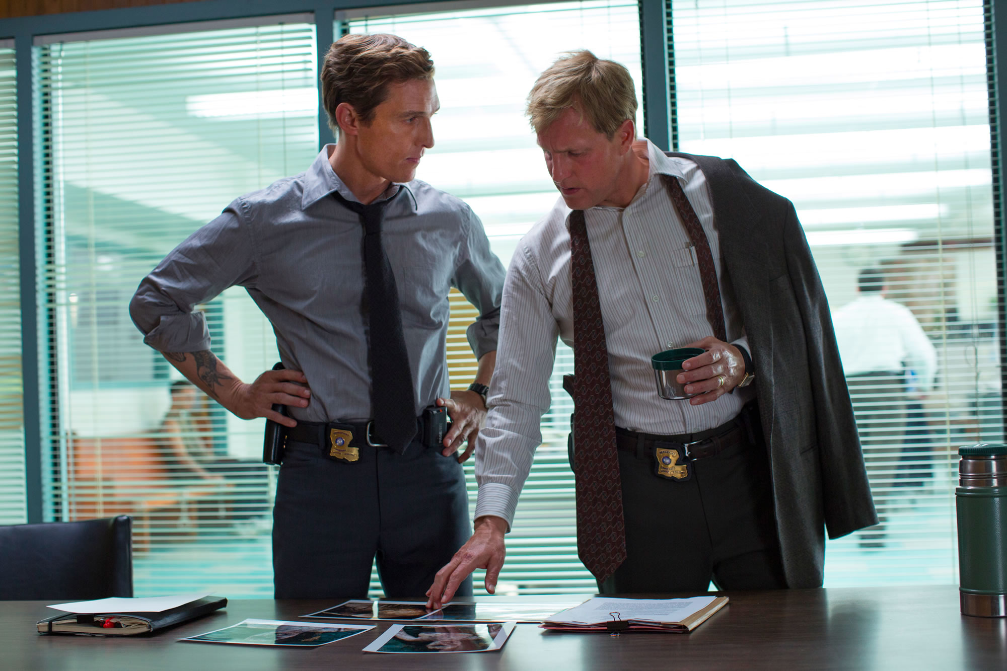 True Detective - 01x03 - The Locked Room