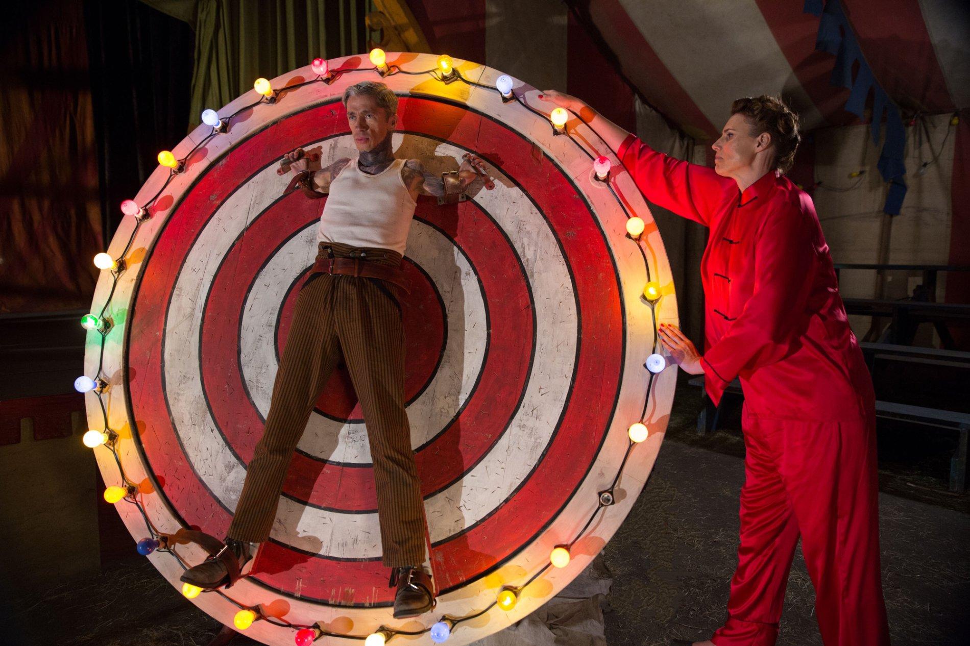 American Horror Story - 04x06 - Bullseye