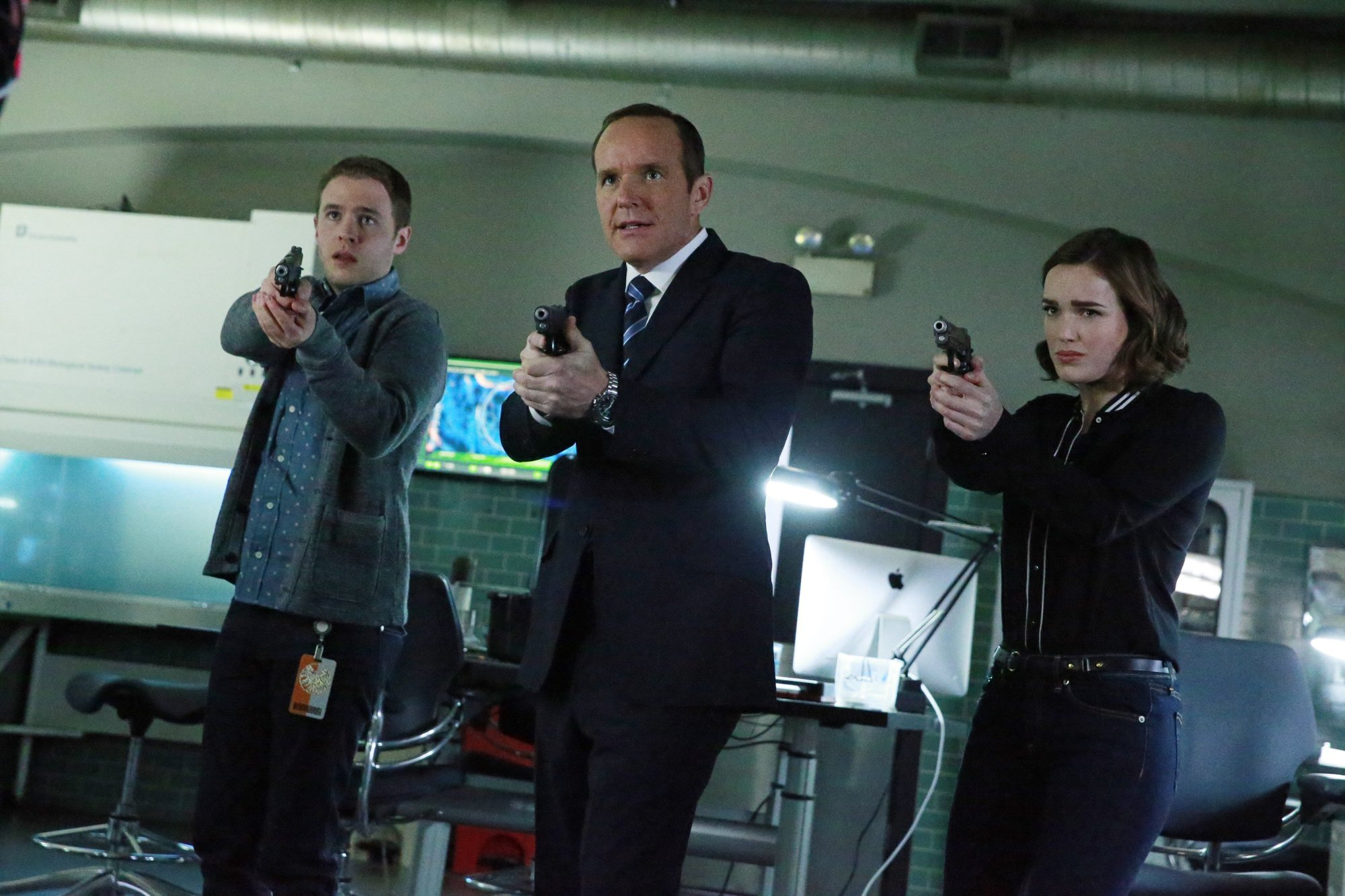 Marvel's Agents of S.H.I.E.L.D. - 02x22 - S.O.S.