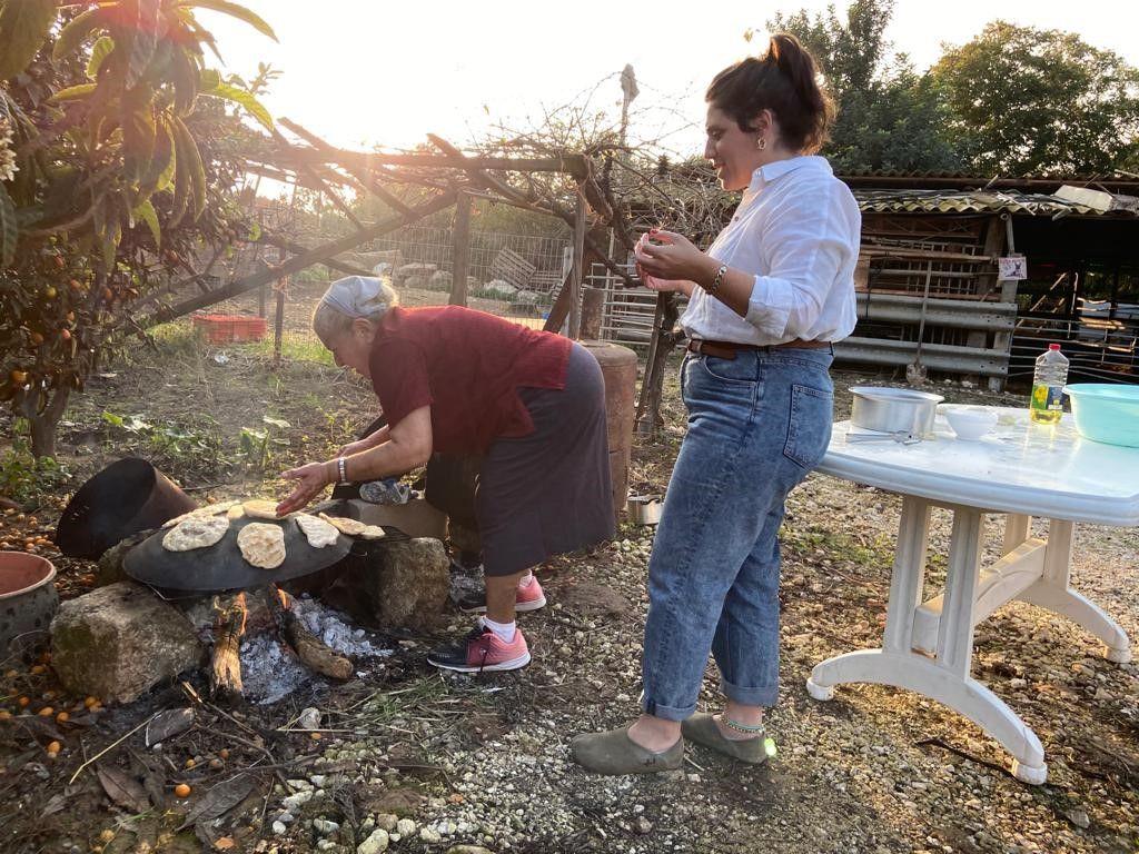 סבתא בישלה דייסה עם תום יער, לצאת עם אמבר: המלצת יום חמישי
